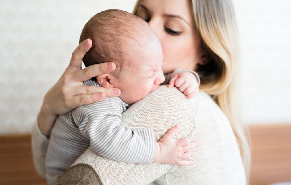 vauva-itkee