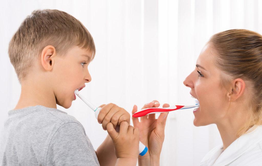 Sähköhammasharja lapselle.