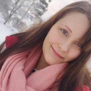 Toista lastaan odottava Janina, 21, Laitila