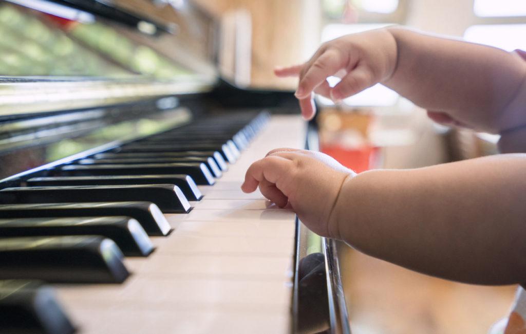 Miten vauvan musikaalisuus kehittyy?