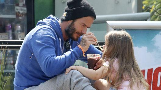 David Beckham ja Harper-tytär toukokuussa 2015.