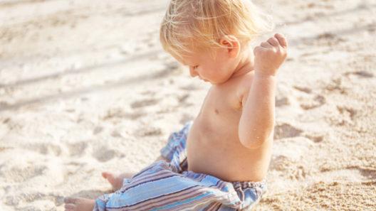 Miksi lapsella on aina käsi housuissa? Lapsen unnutus