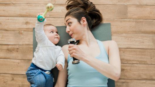 Treeniohjelma kotona kiireiselle äidille