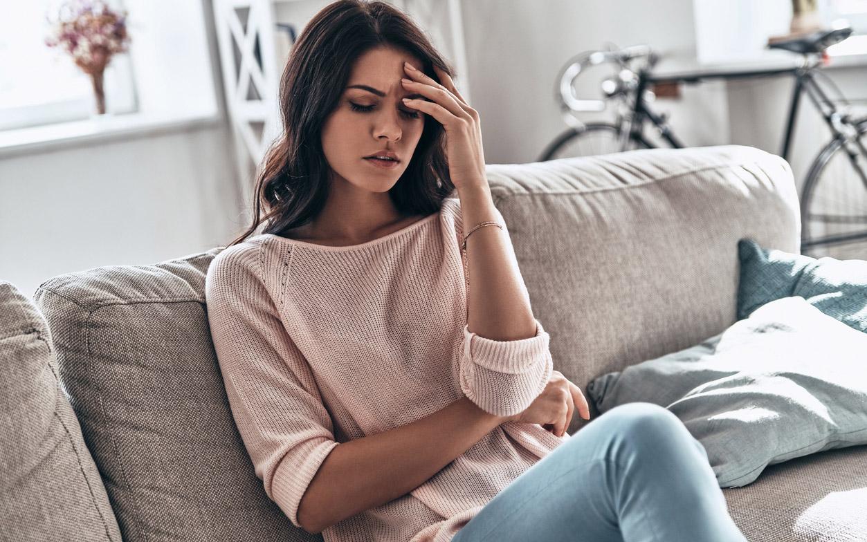 Imetyksen lopettamisen oireita ovat mm. päänsärky.