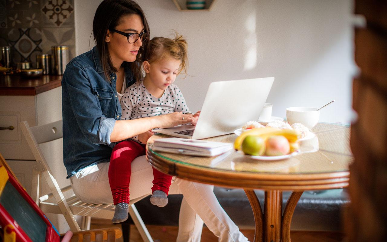 Koronakarenteeni ja lapset: Miten etätyöskentely vaikuttaa lapseen?