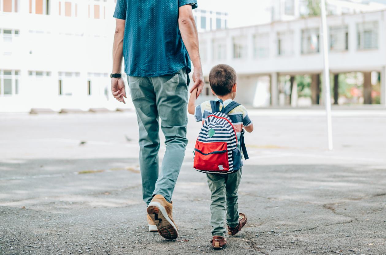 """Vapaaehtoinen lapsettomuus voi olla esimerkiksi bonusperheen """"äidin"""" valinta, kun kumppanilla on lapsi aiemmasta suhteesta."""