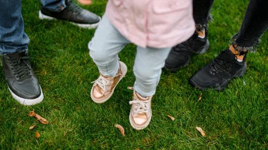 Erityislapsen vanhemmuus voi koetella parisuhdetta.