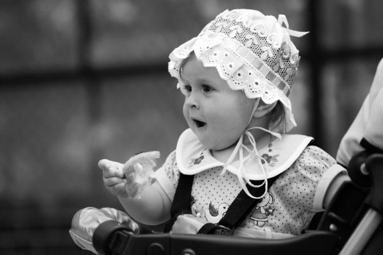 Jokainen listan vanha nimi on ainakin yhdellä, mutta alle viidellä suomalaisella vauvalla eli vuonna 2020 syntyneellä.