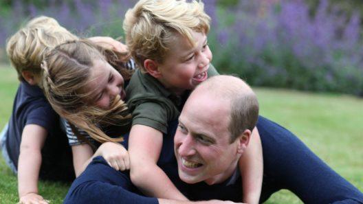 Prinssi William vietti sunnuntaina sekä isänpäivää että syntymäpäiväänsä.