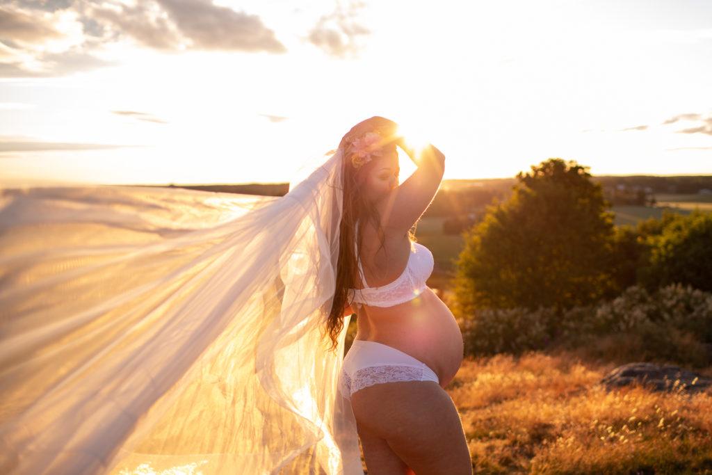 kuukautiset ja raskaus