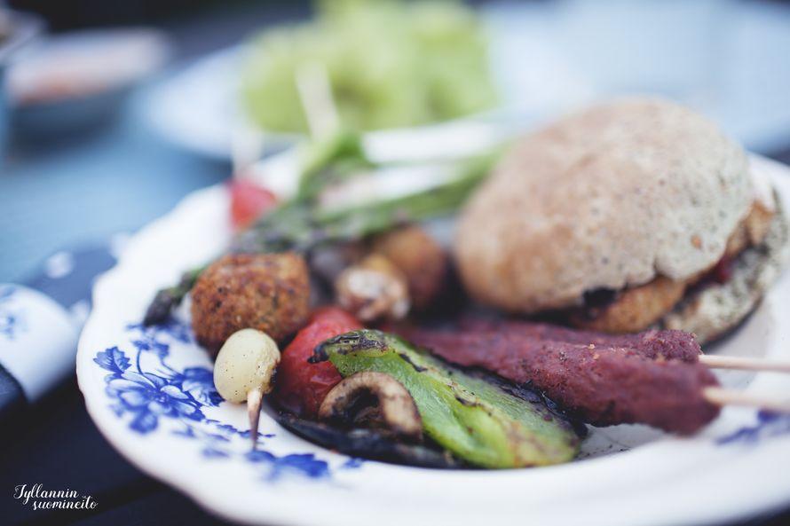 Vegaanista grillruokaa