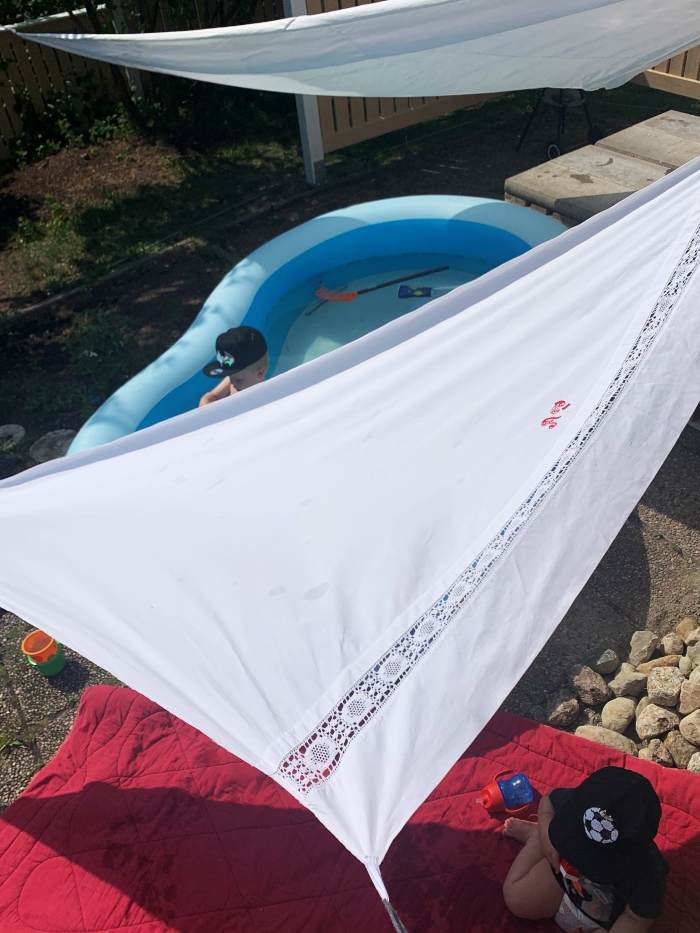lakanasta aurinkovarjo kesällä
