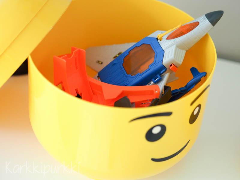 Legopää rasia
