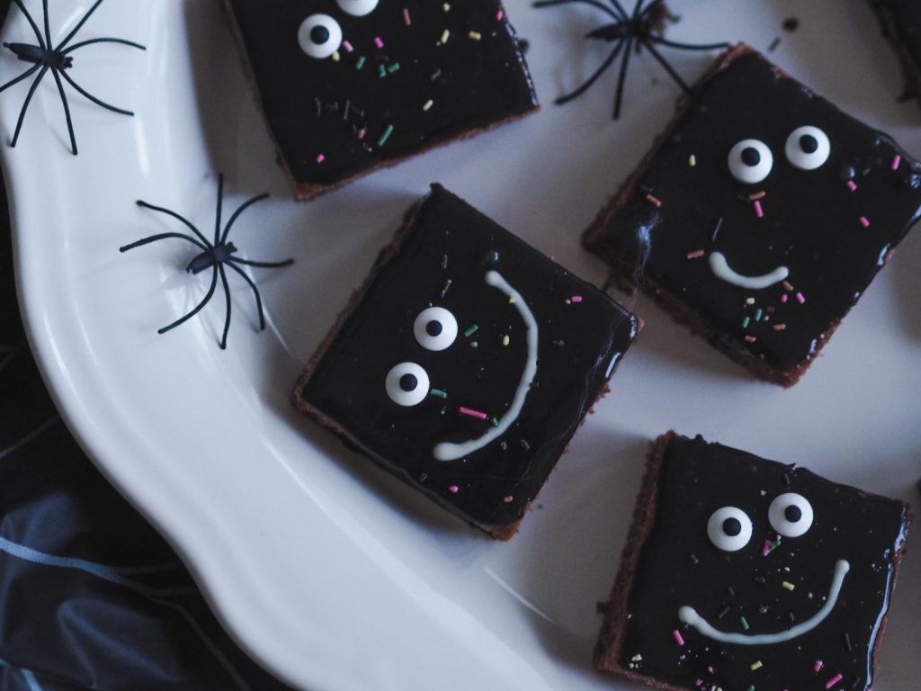 Halloween tarjottavaa
